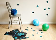 DIY Giant Painted Wall Confetti