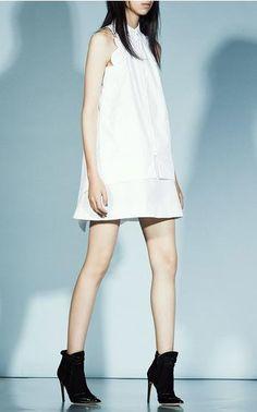 Scalloped Sleeveless Button Up Shirt by Antonio Berardi / Resort '16.