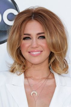 hair styles for square bob miley cyrus aw miss miley not so 2305