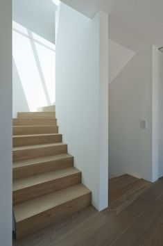 Haus SK - muenchenarchitektur Interior Stairs, Interior Architecture, House Stairs, Staircase Design, House Plans, Interior Decorating, Sweet Home, New Homes, Building
