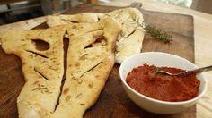 Rezept: Dinkel-Fougasse mit Tomatenpesto