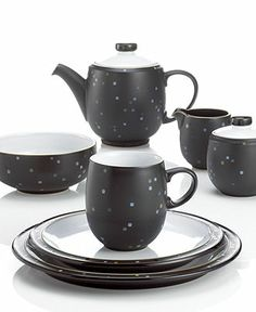 Denby Dinnerware, Jet Skyline Collection - I love the dot details. Casual Dinnerware Sets, Denby Pottery, Fine China, Ceramic Art, Stoneware, Tea Party, Tea Cups, Porcelain, Plates