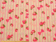ナチュラル感覚の、バッグ、雑貨、インテリア、小物制作に、イチゴ×ストライプ柄綿麻キャンバスプリント(ピンク) 110cm巾 綿80%/麻20% - そーいんぐ・すていしょんコミニカ