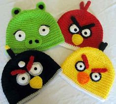 Can't get enough of the those fun flinging Angry Birds? Now you and your child can don an Angry Birds Hat. Handmade with great attention to detail, these silly Bonnet Crochet, Crochet Beanie, Cute Crochet, Crochet For Kids, Crochet Baby, Knitted Hats, Knit Crochet, Funny Crochet, Kids Beanies