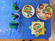 Plates/utensils Super Why