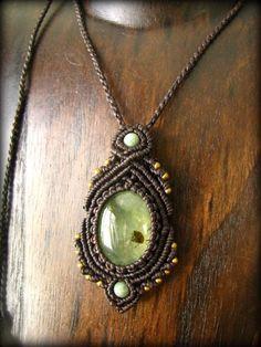 画像1: 癒しの天然石プレナイトのハンドメイド手編みネックレス*天然石*パワーストーン*マクラメ