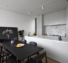 Lightbox House by Edwards Moore Architects transforms a cramped and dark terrace into a light, bright wonder. Perforated floor, translucent ceiling and all. Kitchen Interior, Kitchen Decor, Kitchen Design, Kitchen Ideas, Minimalist Bedroom, Minimalist Home, Cuisines Design, Home Kitchens, Living Spaces
