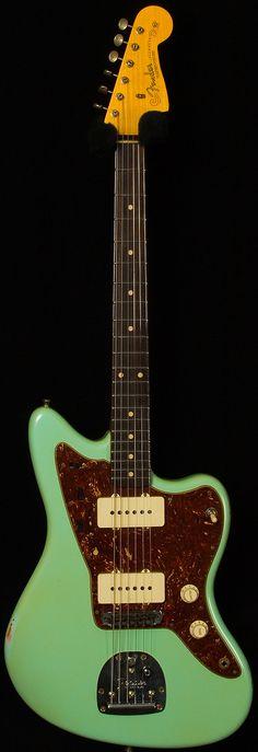 "fender custom shop - dealer select wildwood ""10"" '59 jazzmaster relic. surf green."