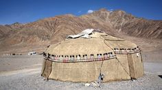 Tajikistan - Background (Traditional Yurt (Asian nomadic tent) in Tajikistan. Yurt Tent, Mud House, Travel Advise, Persian Culture, Vernacular Architecture, Wood Structure, Natural Building, Central Asia, Ancient History
