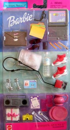 2001 Barbie Fashion Avenue Accessory Bonanza Tons of Fun Accessories Toys & Games Barbie Doll Set, Barbie Kids, Barbie Doll House, Barbie Stuff, Habit Barbie, Accessoires Barbie, Barbie Playsets, Barbie Fashionista Dolls, Barbie Kitchen