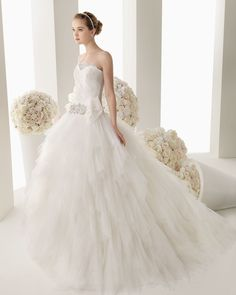 Cinderella Ball Gown Wedding Dresses | Tulle Sweetheart Chapel Train Ball Gown Wedding Dress Wro0149