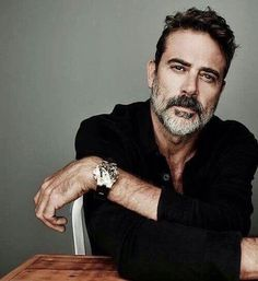 This man so unbelievably FINE - his walk, his voice, his eyes, his smile - good lord. It's tough to hate him on The Walking Dead because (a) damn he is fine (b) keep remembering Denny from Grey's Anatomy.