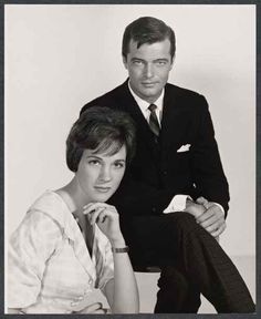 Julie Andrews and Robert Goulet Her Music, Music Is Life, Robert Goulet, Victor Victoria, Eliza Doolittle, Julie Andrews, My Fair Lady, Sound Of Music, Best Actress