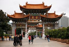 Kunming. Yunnan. China. © Inaki Caperochipi Photography