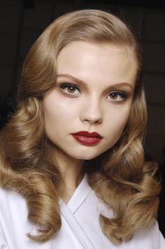 Magdalena Frackowiak. hair make up