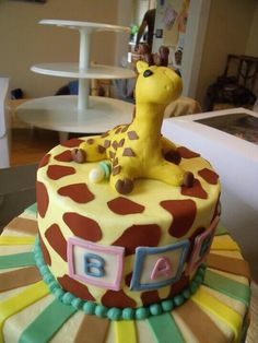 Giraffe babyshower cake!