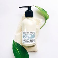 Our Three Tea Cream Cleanser comes loaded with the antioxidant-rich extracts of organic green white and rooibos teas to truly nourish your skin as it cleanses. We like to use this moisturizing cleanser in the morning to gently remove any skin care products applied the night before. Preps your skin beautifully for the day! . . . . . . . . #skincare #skincareproducts #naturalbeauty #naturalskincare #naturalista #naturallife #organicproducts #organicskincare #facecleanser #organics #organiclife…