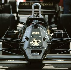 (Nigel Mansell's) Lotus 92 - Ford Cosworth DFV, 2,993 cc (182.6 cu in), 90° V8, NA, mid-engine, longitudinally mounted,1983