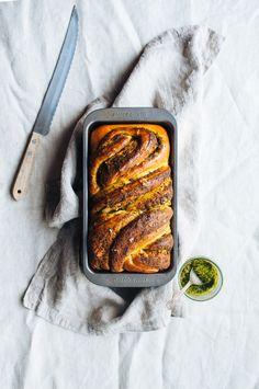 pesto bread 8.jpg