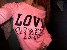 Omg love this victorias secret pink sweater!<3