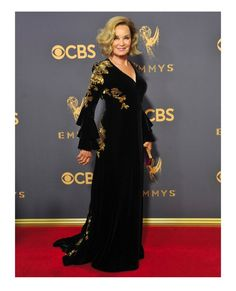 Jessica Lange in velvet long ruffle sleeve gown from Gucci #jessicalange #gucci #emmy2017