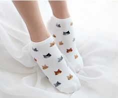 Our most popular cat socks are now in a new size! Available in 4 different colors, your wardrobe just got a little more purrfect! Looking for Crew Socks? Check them out HERE Size: Women's One Size Fit