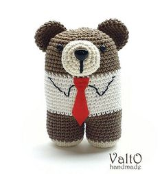Серьезный Михаил. #амигуруми #мишка #медведь #крючком #игрушка #amigurumi #crochet #toy #bear #lanukas @lanukas #handmade