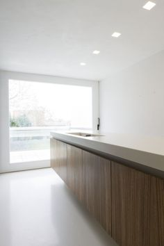 Kitchen inside House M & J by Belgian office Bruno Vanbesien Architects (Photo: Jo Pauwels)