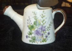 Vintage-Marked-JAPAN-Teapot-Planter-with-Lilacs-PRETTY