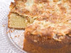 This is the Finnish toscapie/cake. Finnish Recipes, Good Food, Yummy Food, Yummy Cakes, Sweet Recipes, Yummy Recipes, Quiche, Banana Bread, Sweet Tooth