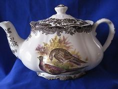 ROYAL WORCESTER PALISSY GAME SERIES LARGE  TEAPOT