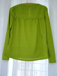 Free Pattern at BurdaStyle - Shirt-like Varation of 3197
