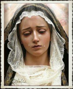 Santa María, Madre de Dios y Madre nuestra: Dios te salve, Reina y Madre de misericordia