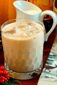 Colonel's Kahlúa & Cream Cocktail by WickedGoodKitchen.com ~ Irresistible twist on classic Kahlúa & Cream…with Bourbon. Perfect for the winter holiday season! Includes dairy free and vegan option. #dairyfree #vegan #recipe Cold Drinks, Cocktail Drinks, Fancy Drinks, Yummy Drinks, Non Alcoholic Drinks, Refreshing Drinks, Beverages, Drinks Alcohol, Cocktails