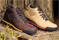 For its fall 2010 season, New Balance is dropping the a hiking boot and sneaker hybrid. The kicks will drop in tonal leather uppers in a choice of bro New Blance Shoes, New Balance 998, Mens Work Shoes, Sneakers Fashion, Sneakers Nike, Sneaker Magazine, New Bands, Sneaker Boots, Hiking Boots