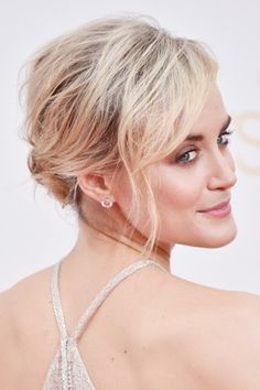 We have a feeling Taylor Schilling's dreamy, textured updo will be all over every wedding hair inspiration board in no time. As for her glowy makeup look, makeup artist Tina Turbow applied a cocktail of Laura Mercier Bonne Mine Stick Face Colour in Pink Glow, Laura Mercier Metallic Creme Eye Colour in Platinum and Laura Mercier Foundation Primer in Radiance to the top of Schilling's cheeks, the bridge of her nose, her Cupid's bow and her brow bone.