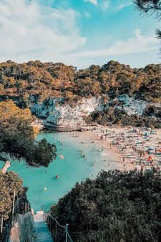Meine absolute Lieblingsbucht: Cala Llombards - Mallorca Momente - Flight, Travel Destinations and Travel Ideas Best Places To Travel, Cool Places To Visit, Places To Go, Honeymoon Destinations, Holiday Destinations, Summer Travel, Holiday Travel, Hotel Mallorca, Places In Spain
