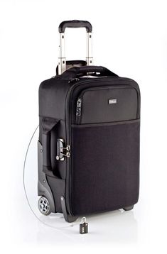 Rent a Think Tank Airport International Rolling Camera Bag. BorrowLenses provides rentals for professional photographers, videographers, and photography/videography hobbyists. Photography Bags, Photography Equipment, Photography Business, Photography Camera, Best Carry On Luggage, Travel Luggage, Luggage Bags, Travel Bag, Camera Equipment
