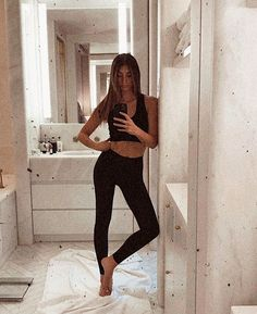 Welcome to the community dedicated to all things for German model Lorena Rae. Victoria Secret Angels, Instagram Models, Scarlett Johansson, Cool Style, Cool Outfits, Hair Beauty, Poses, Clothes For Women, Lady