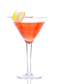 Voli Crush  UNDER 100 CALORIES!!  1.5 oz Orange Vanilla  1 oz fresh orange juice  Splash of diet sprite  LShake and strain Voli and orange juice. Top with a splash of diet sprite  Glass: Martini  Garnish: Orange twist  Approx 94 calories