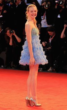 VENICE, ITALY - SEPTEMBER Elle Fanning attends the 'Somewhere' premiere at the Palazzo del Cinema during the Venice International Film Festival on September 2010 in Venice, Italy. (Photo by Danny Martindale/WireImage) Ellie Fanning, Fanning Sisters, Dakota And Elle Fanning, Cute Young Girl, Famous Stars, International Film Festival, Venice Italy, Bollywood Actress, Girl Pictures