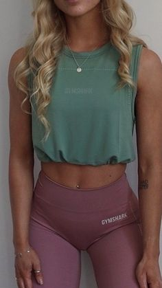 Cute Workout Outfits, Cute Comfy Outfits, Workout Attire, Sporty Outfits, Athletic Outfits, Workout Wear, Summer Outfits, Fashion Outfits, Gym Style