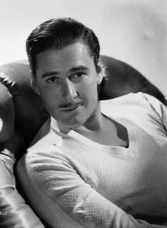 Errol Flynn, 1909-1959 kinda looks like Ryan Gosling