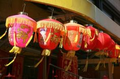 ~shopping for small dishes & bowls, eating hand-pulled noodles in Chinatown, NYC