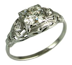 This looks exactly like my grandmothers ring!
