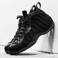 A Closer Look at the Nike Air Foamposite One