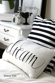 Black And White Cottage Cute Pillows, Diy Pillows, Decorative Pillows, Boho Deco, Pillow Slip Covers, Pillow Cases, White Cottage, White Houses, Beautiful Bedrooms
