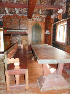 Copyright: Old Norwegian rose painted interiors at Hallingdal Museum on Gol in Buskerud County, Norway. Scandinavian Furniture, Scandinavian Home, Antique Furniture, Painted Furniture, Interior Paint, Interior Design, Norway Viking, Norwegian Rosemaling, Farm Photo