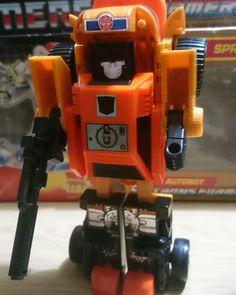 "Transformers G1 Autobot Hot Spot retro 80/'s fridge art 4/"" x 3/"" Magnet"