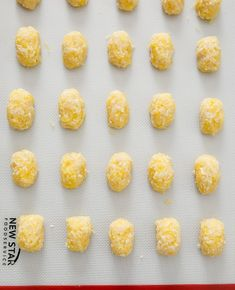 process photo showing spaghetti squash tots ready to be baked Veggie Recipes, Cooking Recipes, Healthy Recipes, Healthy Foods, Macro Meals, Macro Recipes, Yellow Split Pea Soup, Healthy Ice Cream, High Protein Low Carb